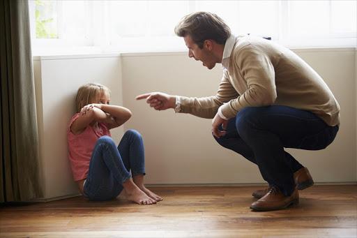 ♦ چگونه میتوانم با پدرم دوست باشم؟ ♦