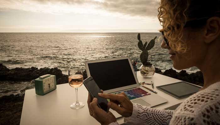 آیا تا به حال عبارت «دیجیتال نومد» یا digital nomad را شنیدهاید؟