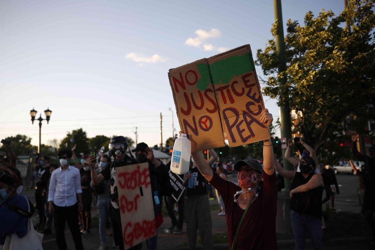 مروری بر شعلهور شدن آتش اعتراضات علیه نژادپرستی در آمریکا