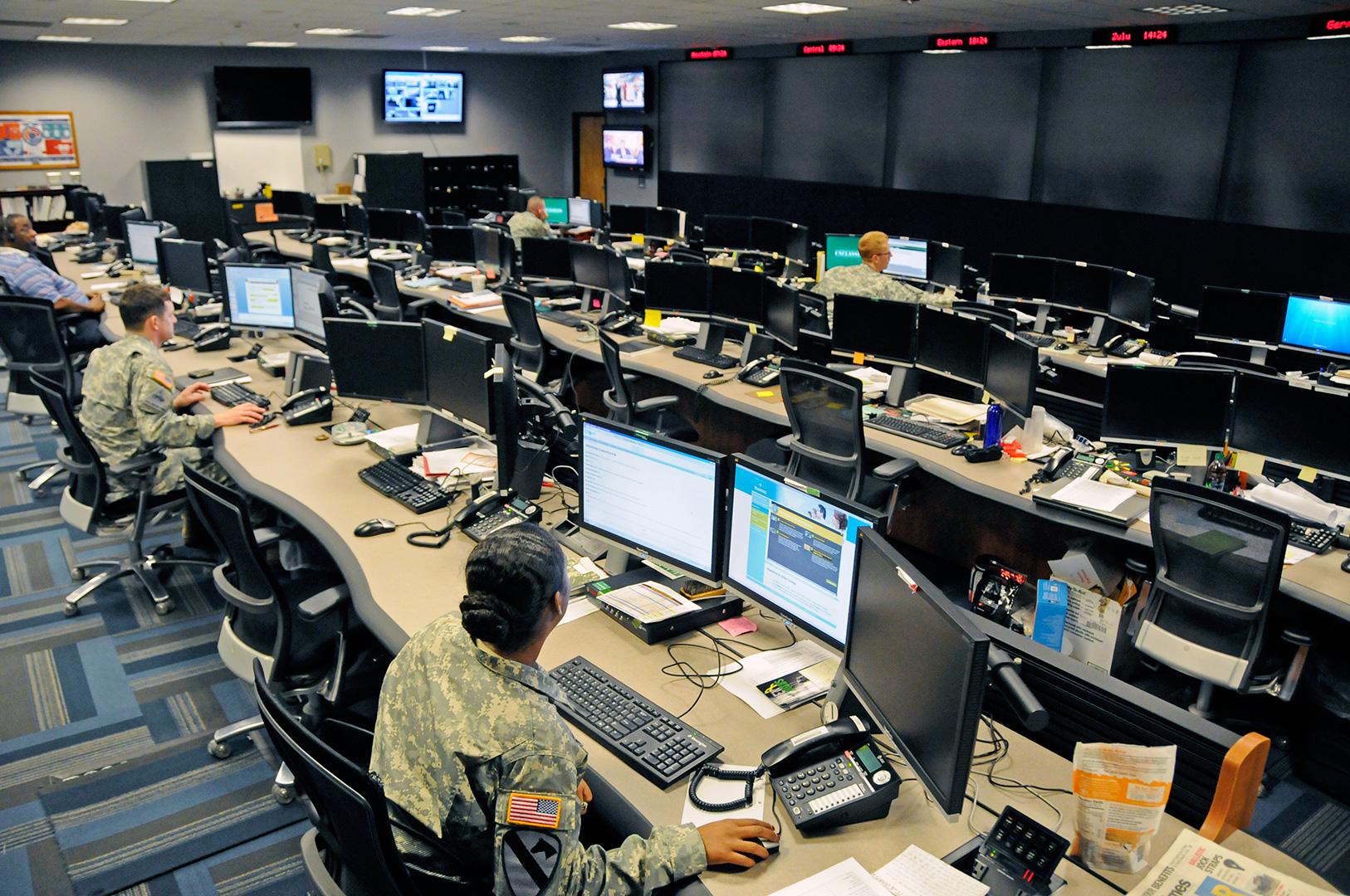 جنگ سایبری و فریبکاری در دنیای دیجیتال