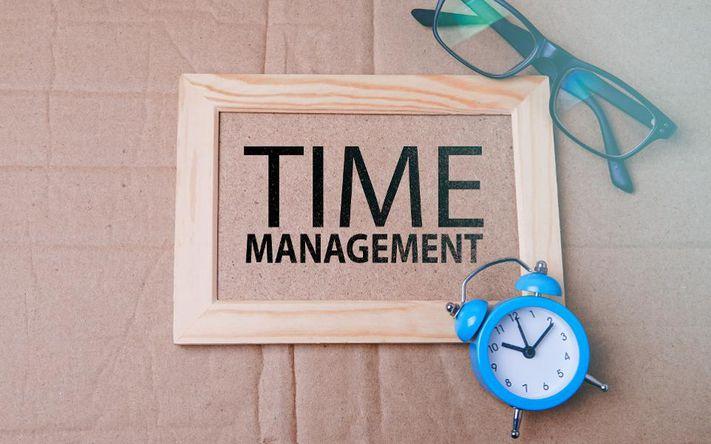 زمان و ابزارهای مدیریت آن
