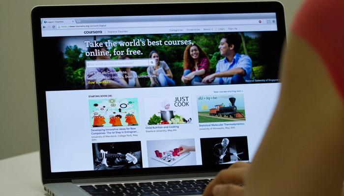 یادگیری عمیق:با پلتفرم های اجتماعی