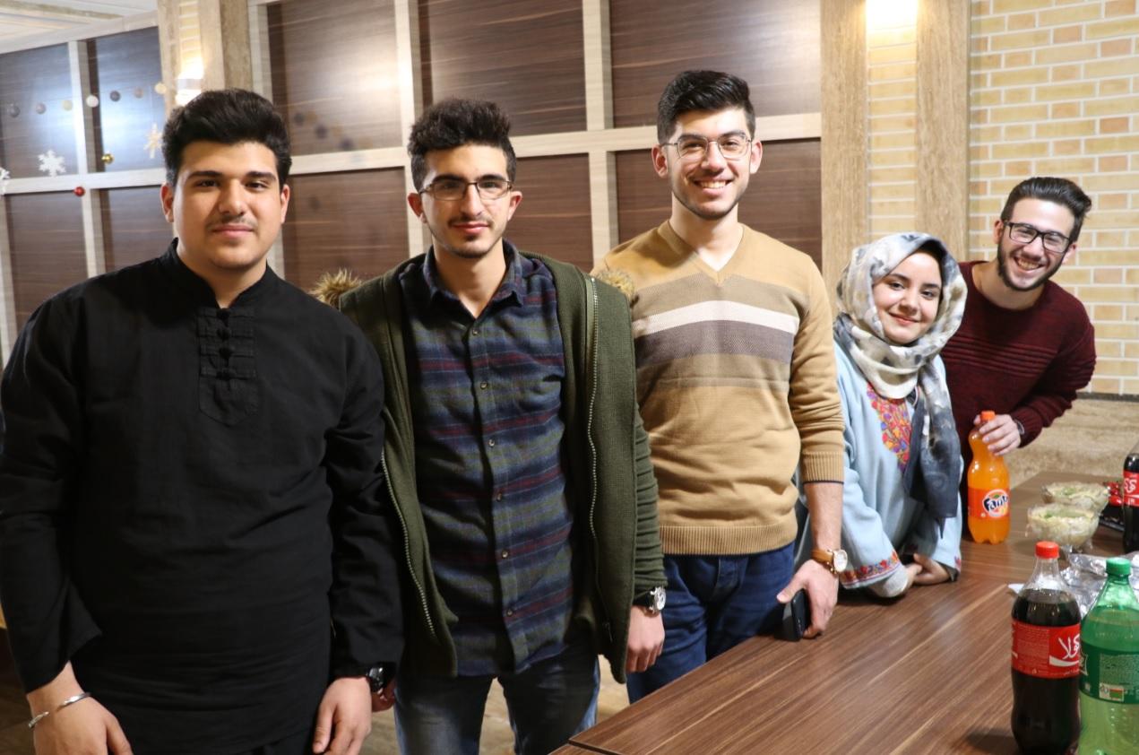 تجربه مهاجرت به ایران: موئد از کشمیر، معظم از لبنان