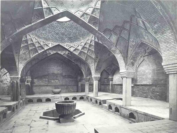 حمام تاریخی خسرو آقا که در توسعههای شهری با خاک یکسان شد.