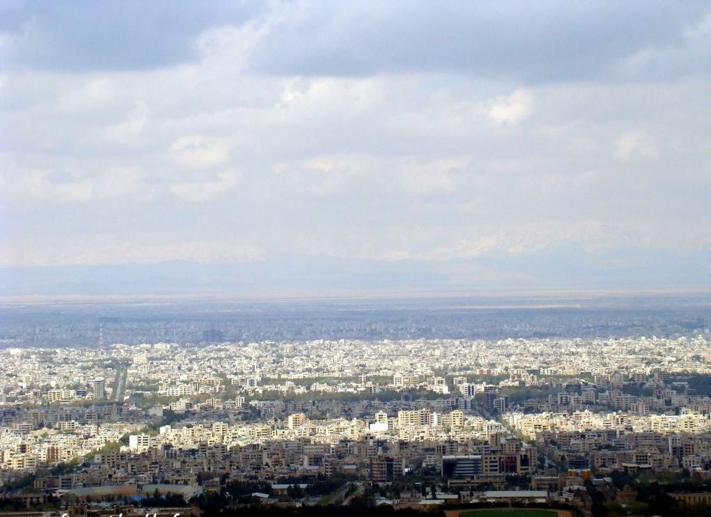 تصویر شهر از کوه صفه