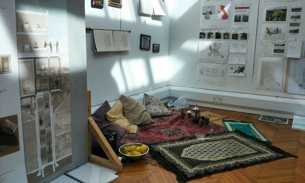 داخل کوله پشتی یک پناهجوی سوری (نمایشگاه معماری)