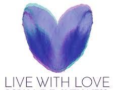 ما با عشق زندگی میکنیم و یک دلیل