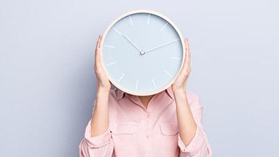 آیا واقعا زمان وجود دارد؟
