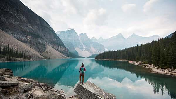 چرا باید مسافرت برویم؟ ( الی گشت نیست :) )