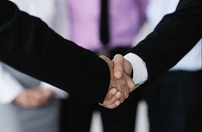 چگونه با دیگران ارتباط بهتری برقرار کنیم؟