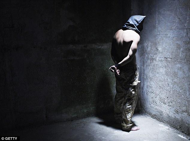 اعتراف میکنم: من یک فراریام.