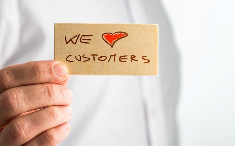 چرا شرکتها باید از برنامههای وفاداری مبتنی بر زنجیرهبلوک استفاده کنند؟