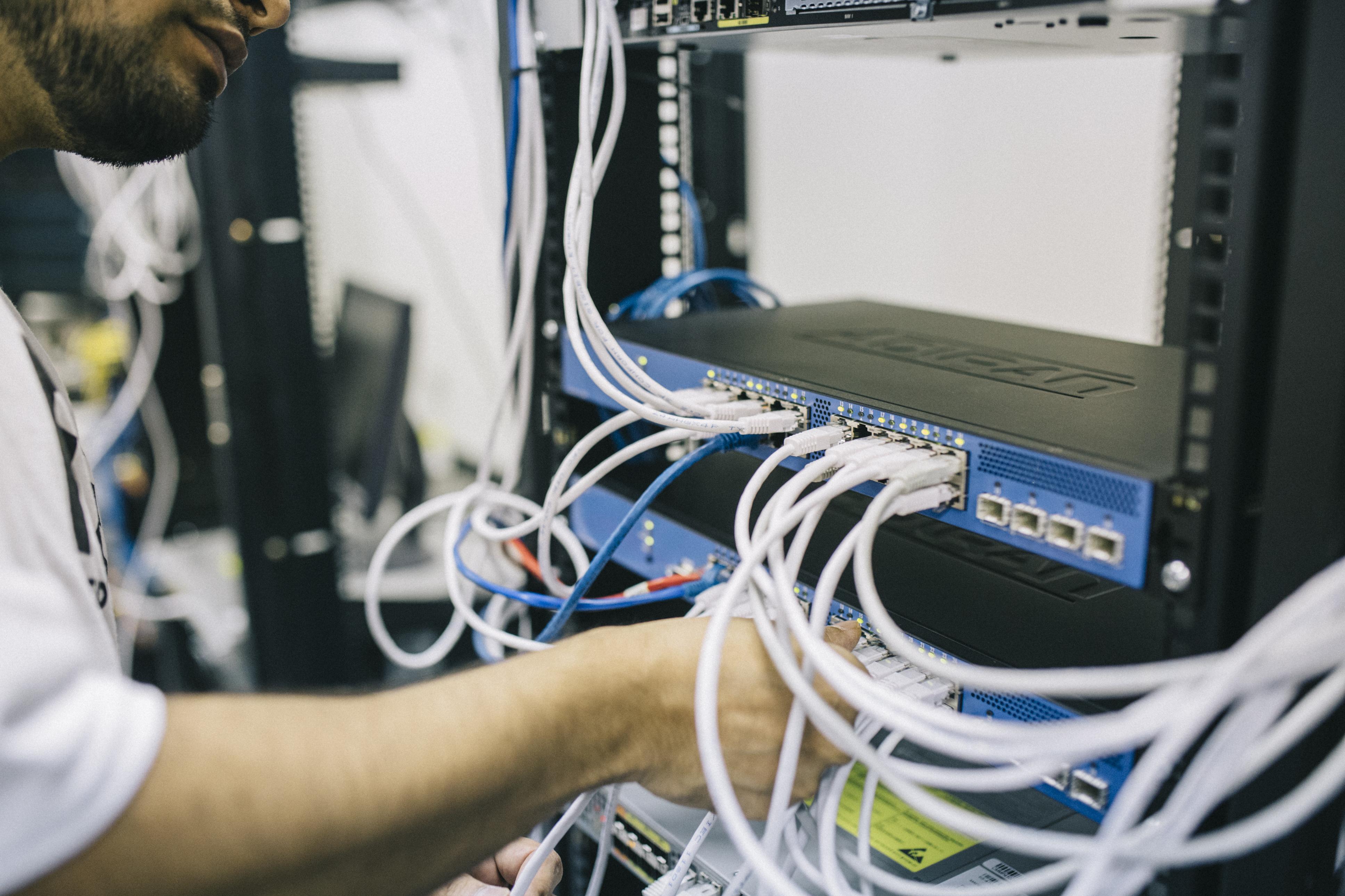 یازده ابزار نرم افزاری پرکاربرد عیب یابی شبکه در ویندوز