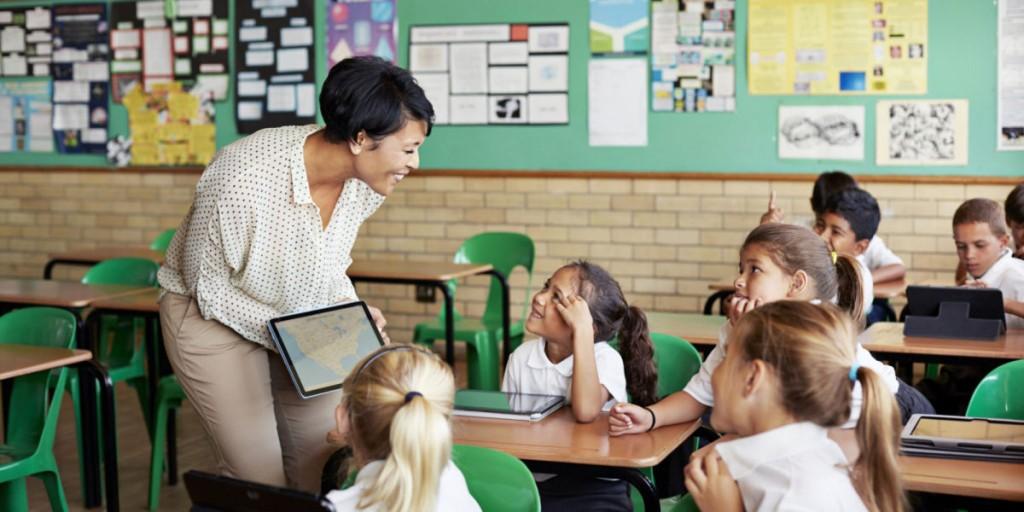 نکاتی درباره ی فواید سامانه مدارس هوشمند
