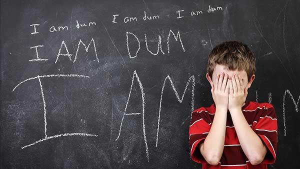 مهم ترین دلایل عدم اعتماد به نفس در کودکان و نوجوانان
