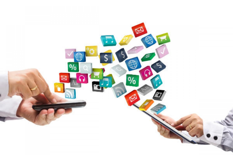 پیام رسان های داخلی، بیم های کاربران و امیدهای توسعه دهندگان