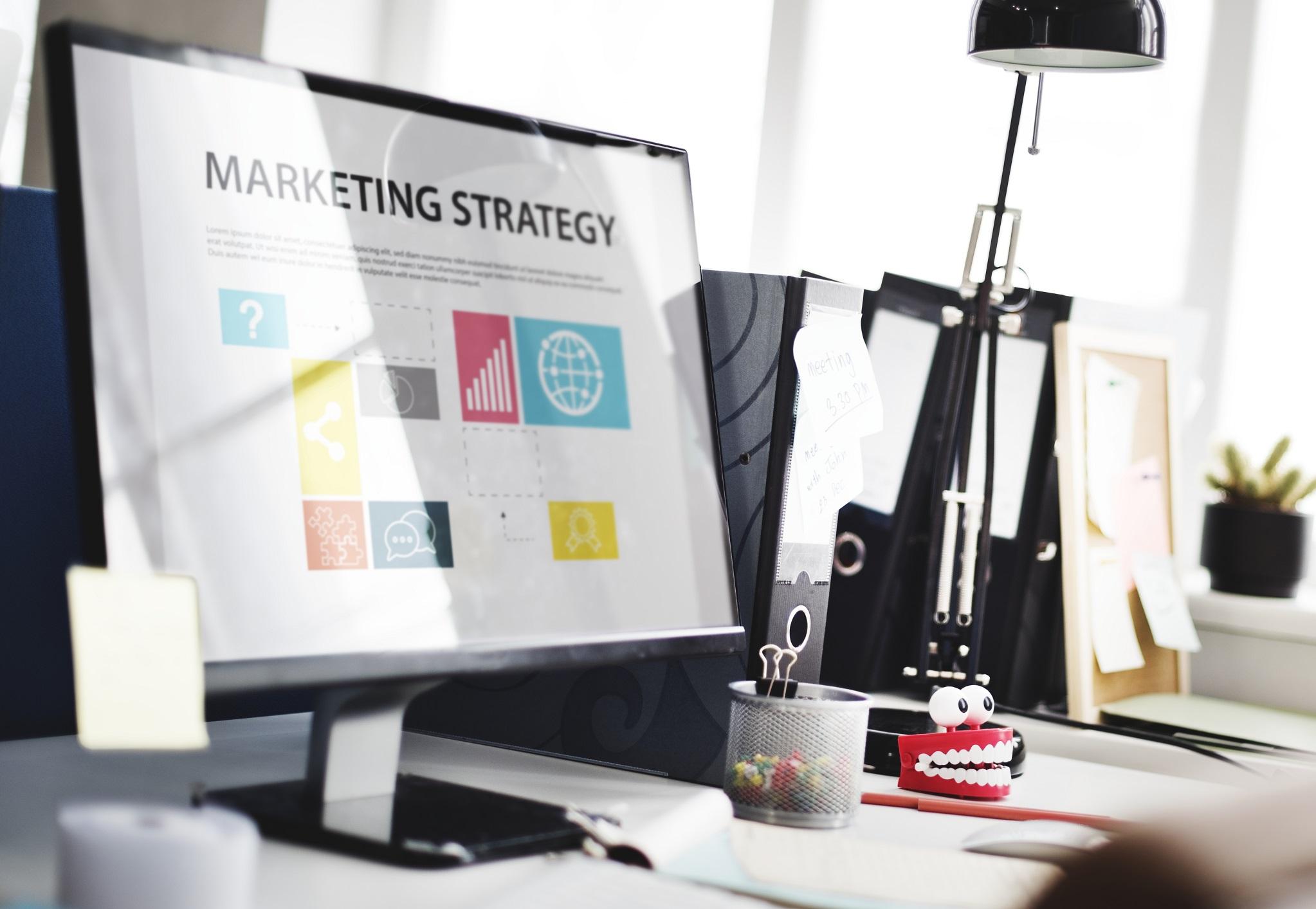 یک برنامه بازاریابی دیجیتال شامل چه مواردی باید باشد؟