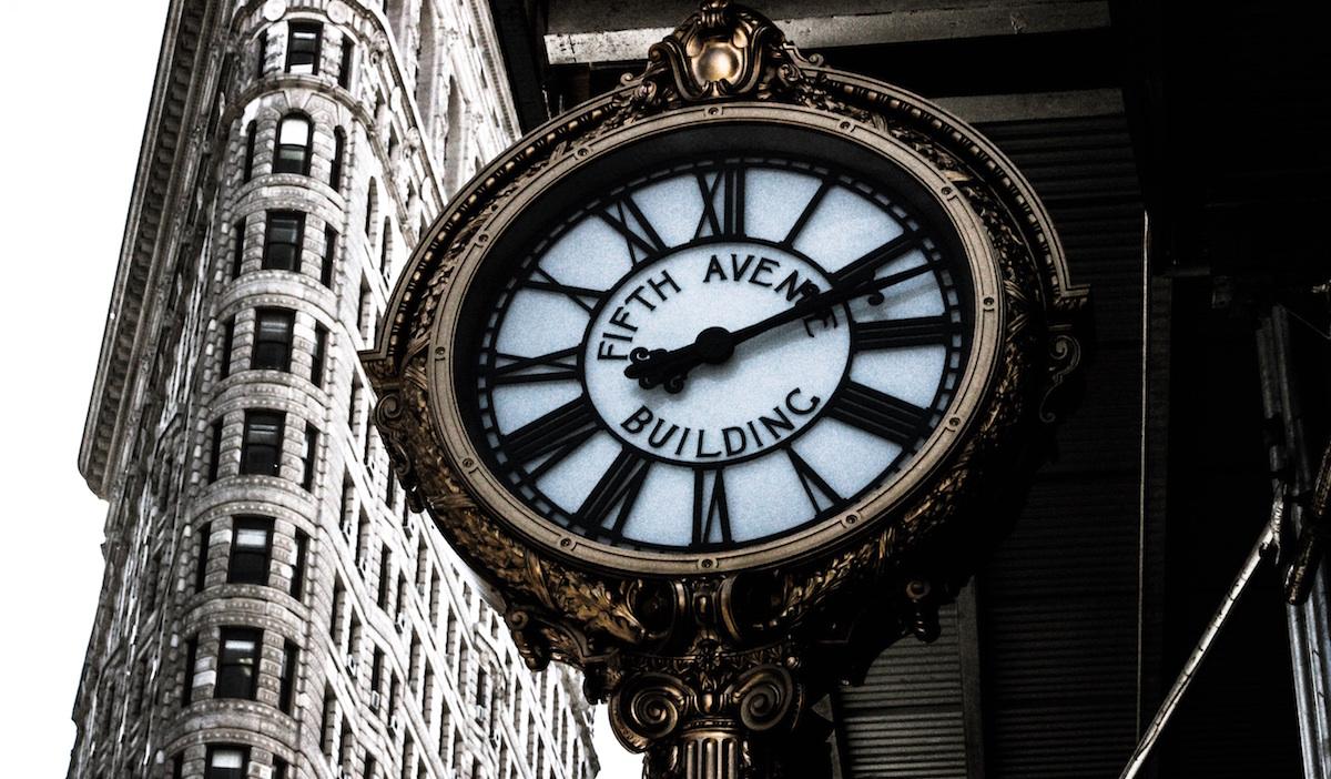 چگونه با افزایش سن از احساس گذر سریعتر زمان جلوگیری کنیم؟