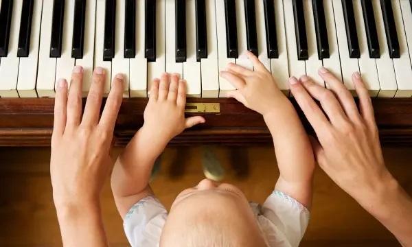 بهترین سن آموزش موسیقی به کودکان