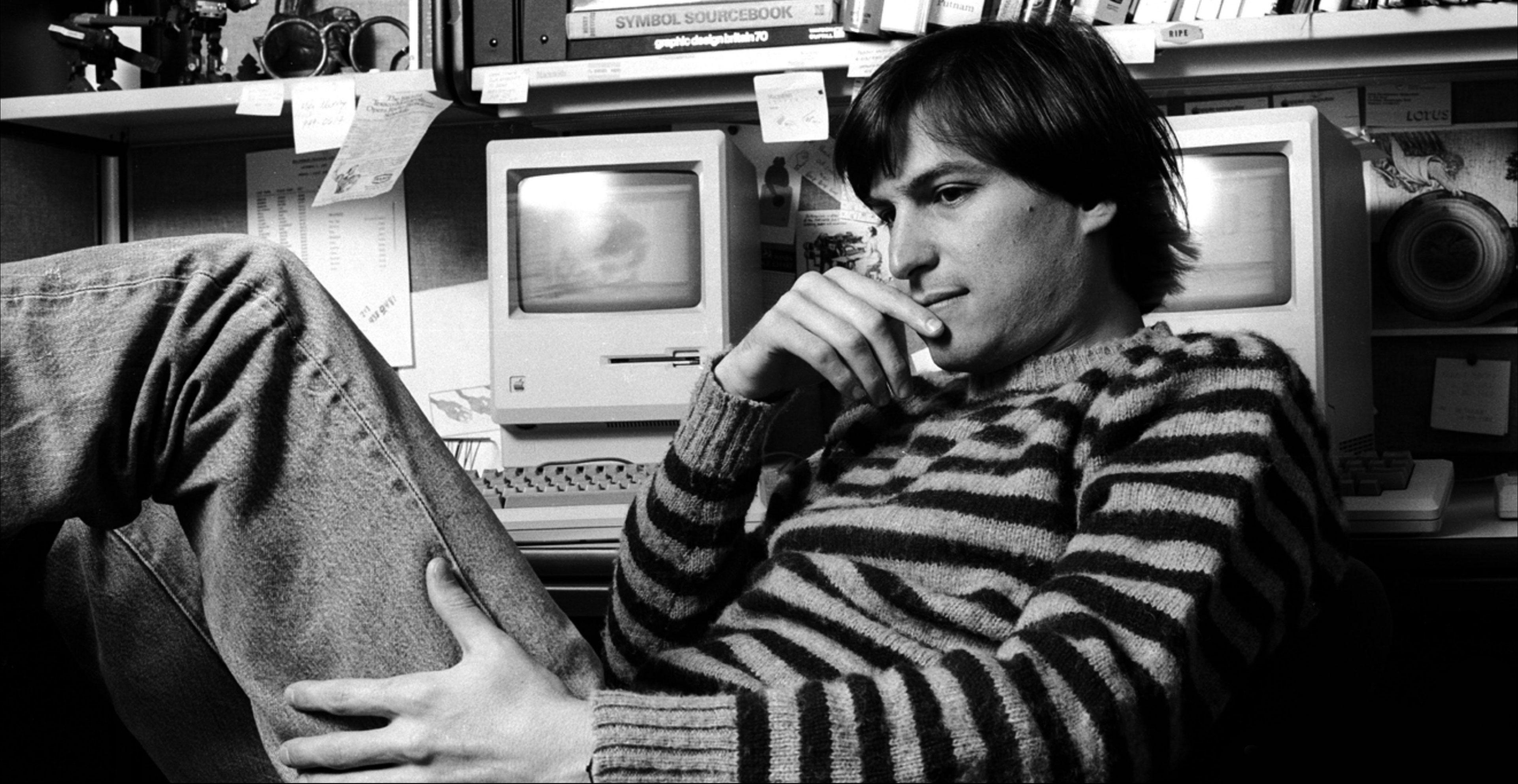 استیو جابز - کارآفرین، مخترع، بنیانگذار و مدیر ارشد اجرایی سابق اپل