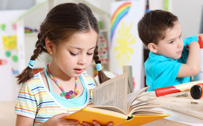 9 مزیت مهم خواندن کتاب قصه و داستان کودکانه