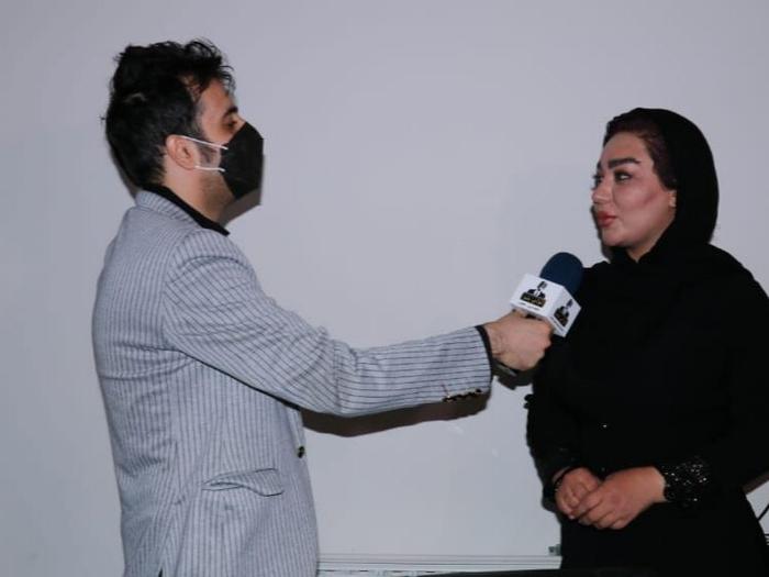 شقایق دلشاد در جمع خبرنگاران حضور یافت و پاسخگوی تک تک سوالات بود