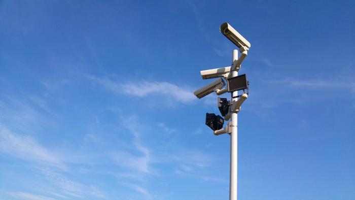 دوربین های امنیتی دروغین: ایده خوب یا کاذب؟