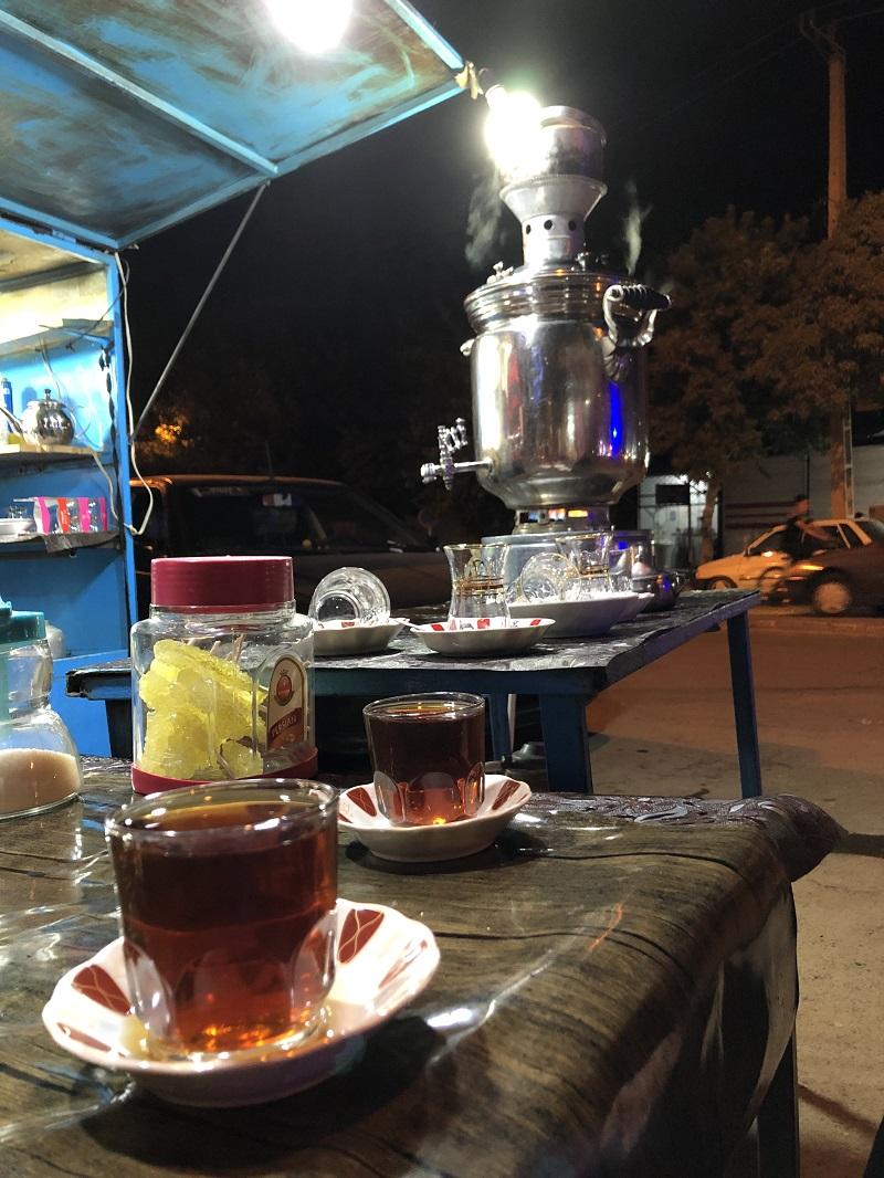 چای در چهارراه