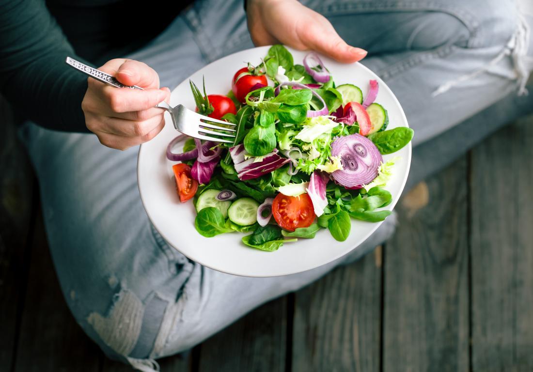 پیاده روی و انتخاب رژیم غذایی بازدهی ذهنی شما را به صورت چشم گیری زیاد می کند.