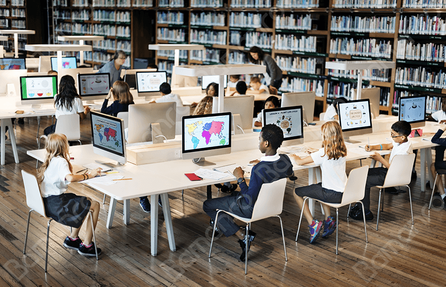 ویزای دانش آموزی کانادا، آینده روشن فرزندان شما!