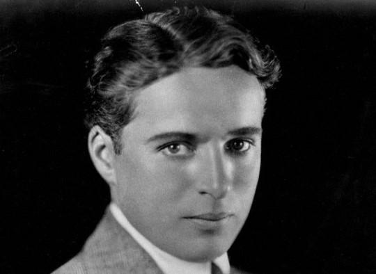 Charlie Chaplin, Şarlo olmadığı zamanlarda böyleydi.