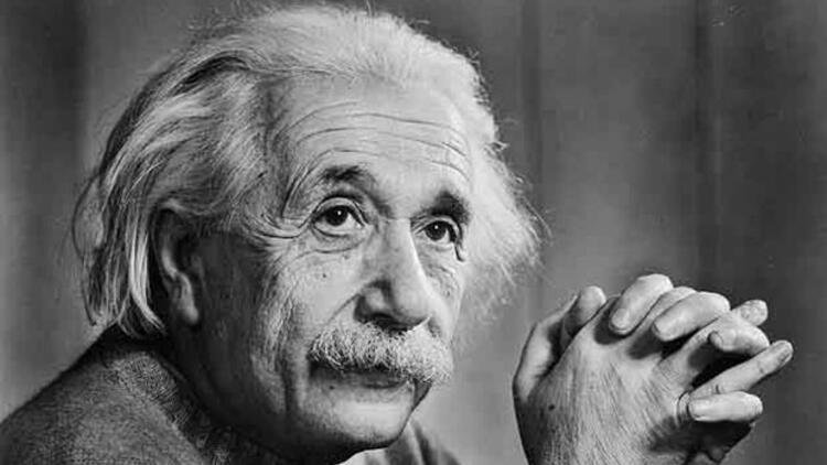 Einstein'ın insanları eleştiren sözleri
