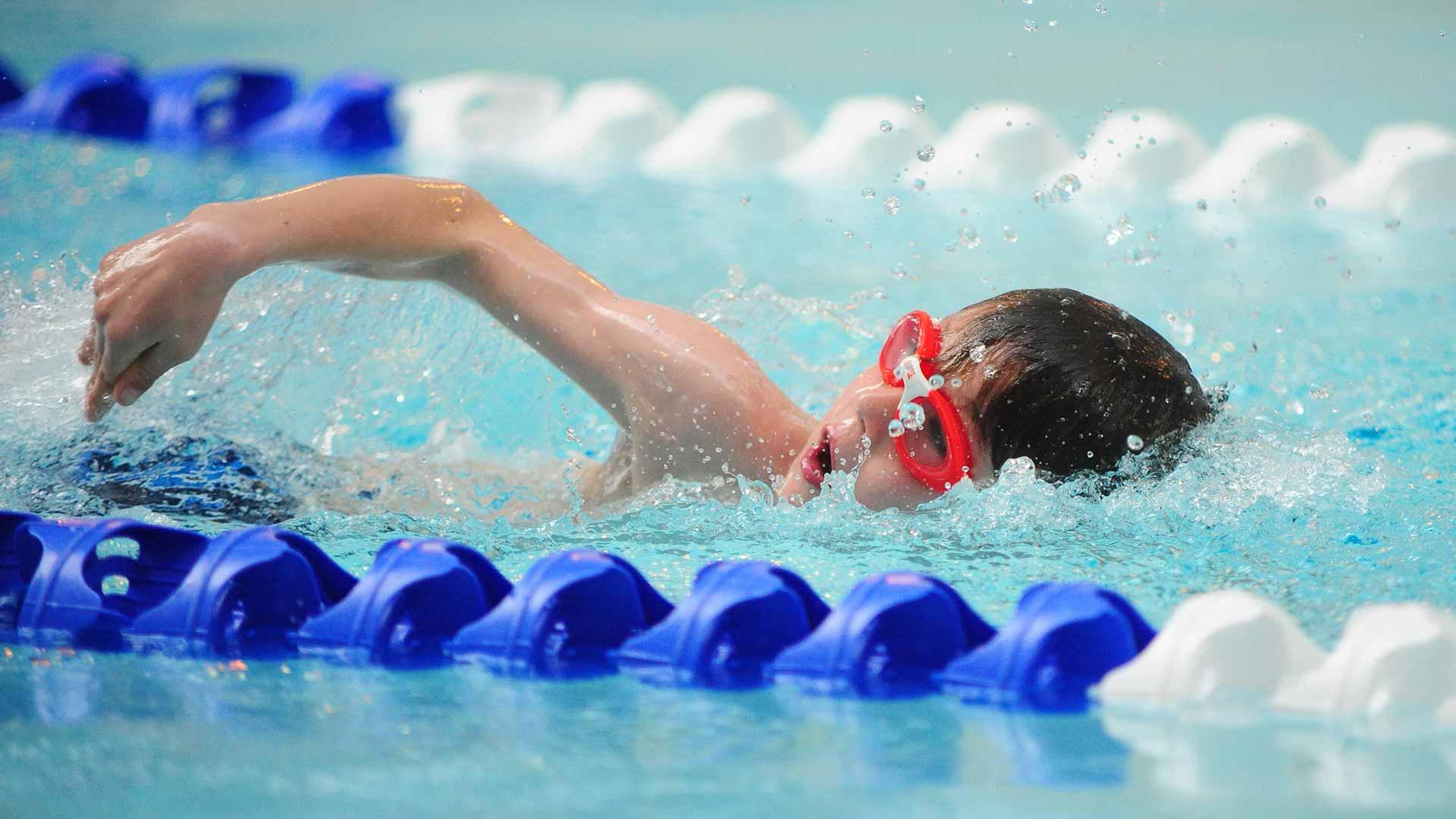 آیا شنا، یک ورزش هوازی وقدرتی است