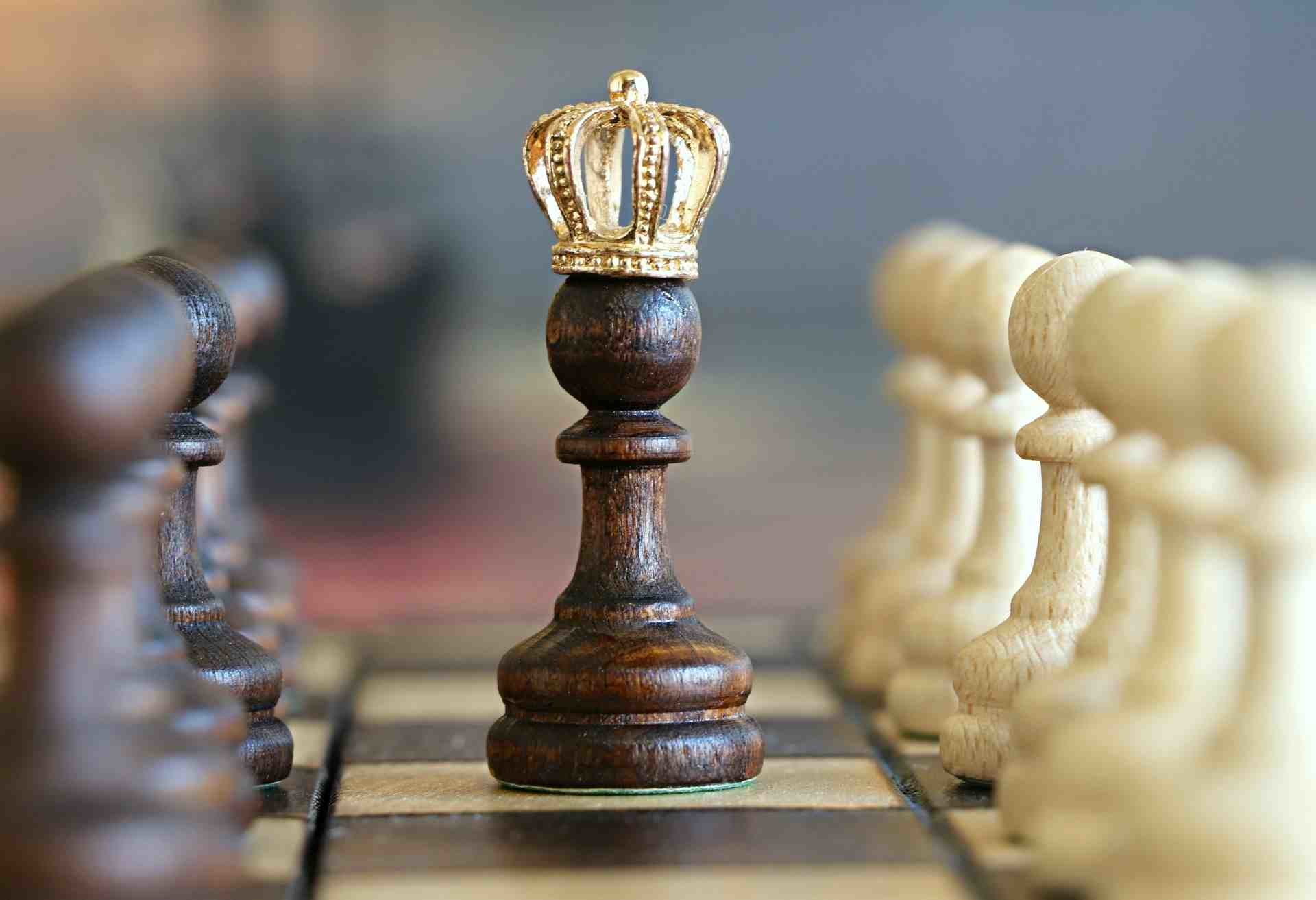 سرباز و استراتژی شاه