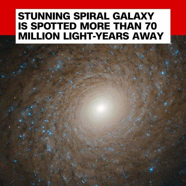 رصد کهکشان مارپیچی بسیار دور توسط تلسکوپ هابل