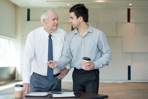 چی کار کنیم که مشتری یا رئیس، جَوون بودنمون رُو به حساب کم تجربگی نذاره؟