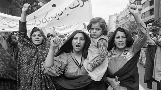 زنان ایرانی؛ کارزار خانواده و کارآفرینی