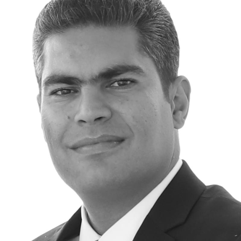 محمود حسین زاده