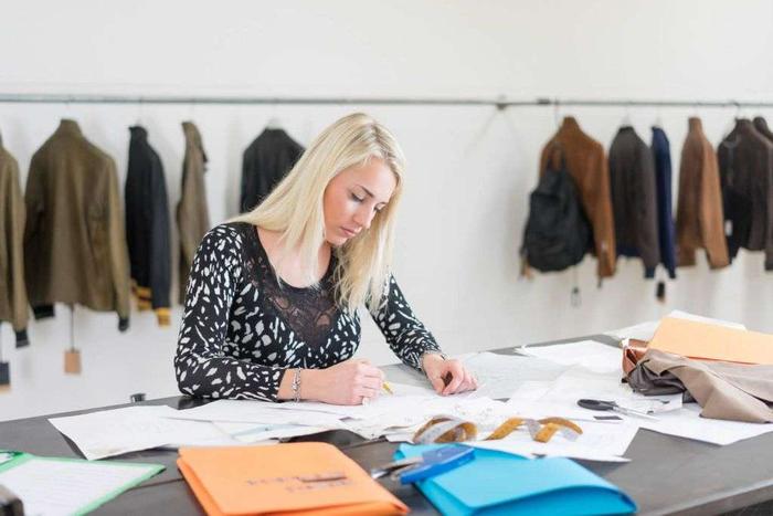 راهنمای اخذ پذیرش دانشگاه در رشته طراحی لباس (قسمت اول)