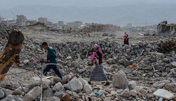 چرا جنگ فقط در شهر ها و روستاهای ماست؟