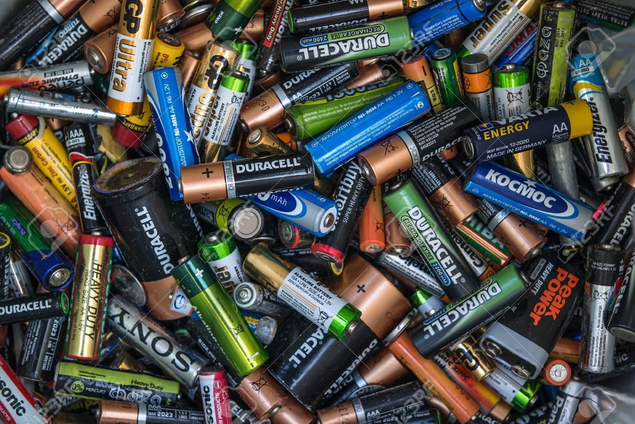 راهنمای سامان دادن باتریها در خانه