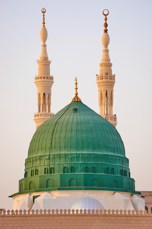 پخش زندهی مسجد النبی از پنج راه
