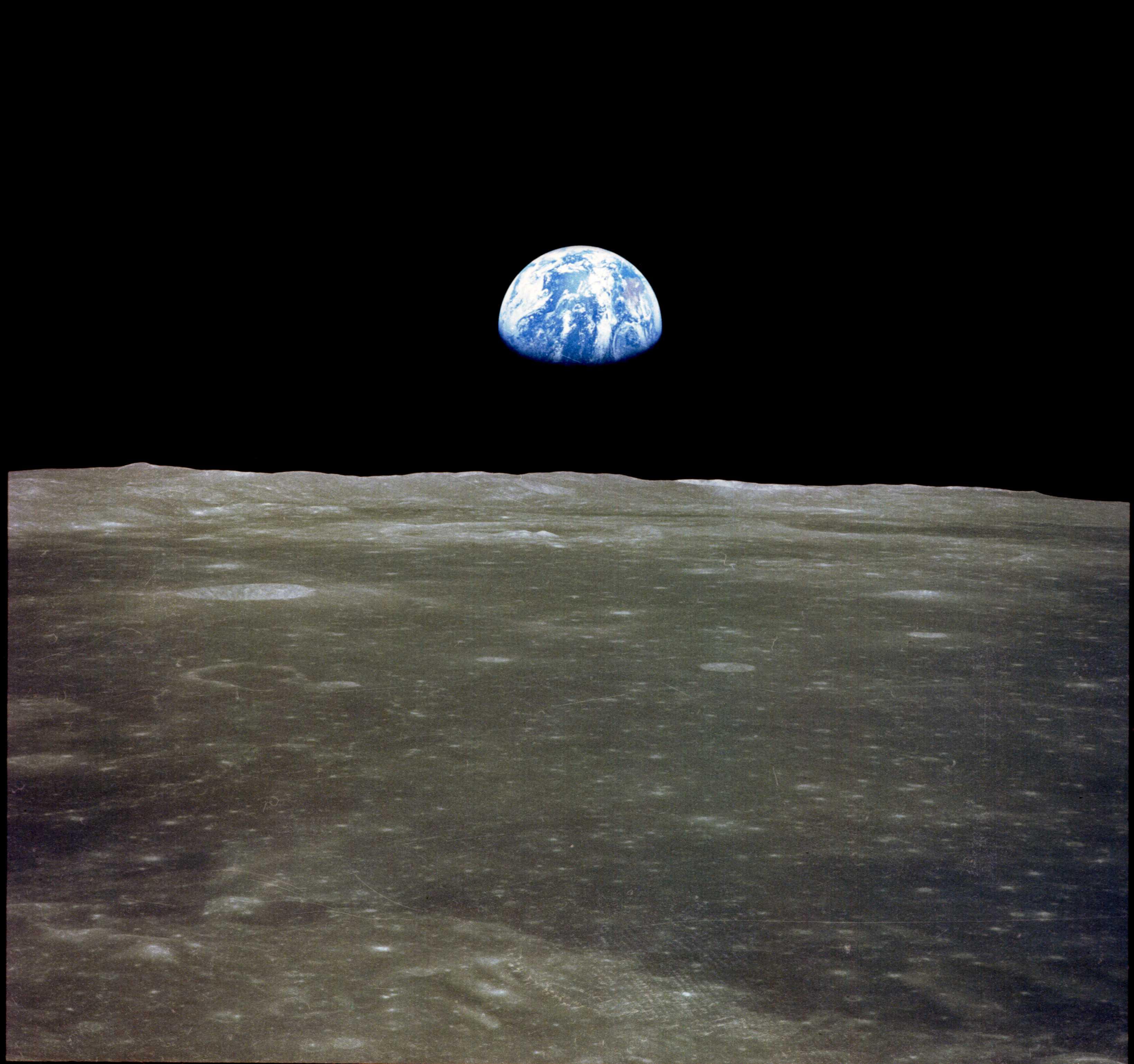 طلوع زمین از دید آپولو 11 | مدار ماه