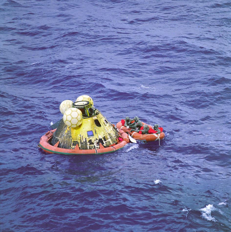 آپولو 11 پس از فرود