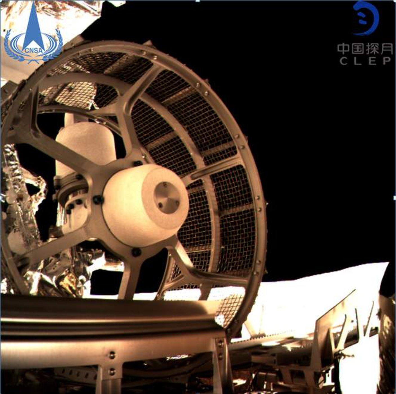 یوتو-2 درحال خروج از چانگای-4