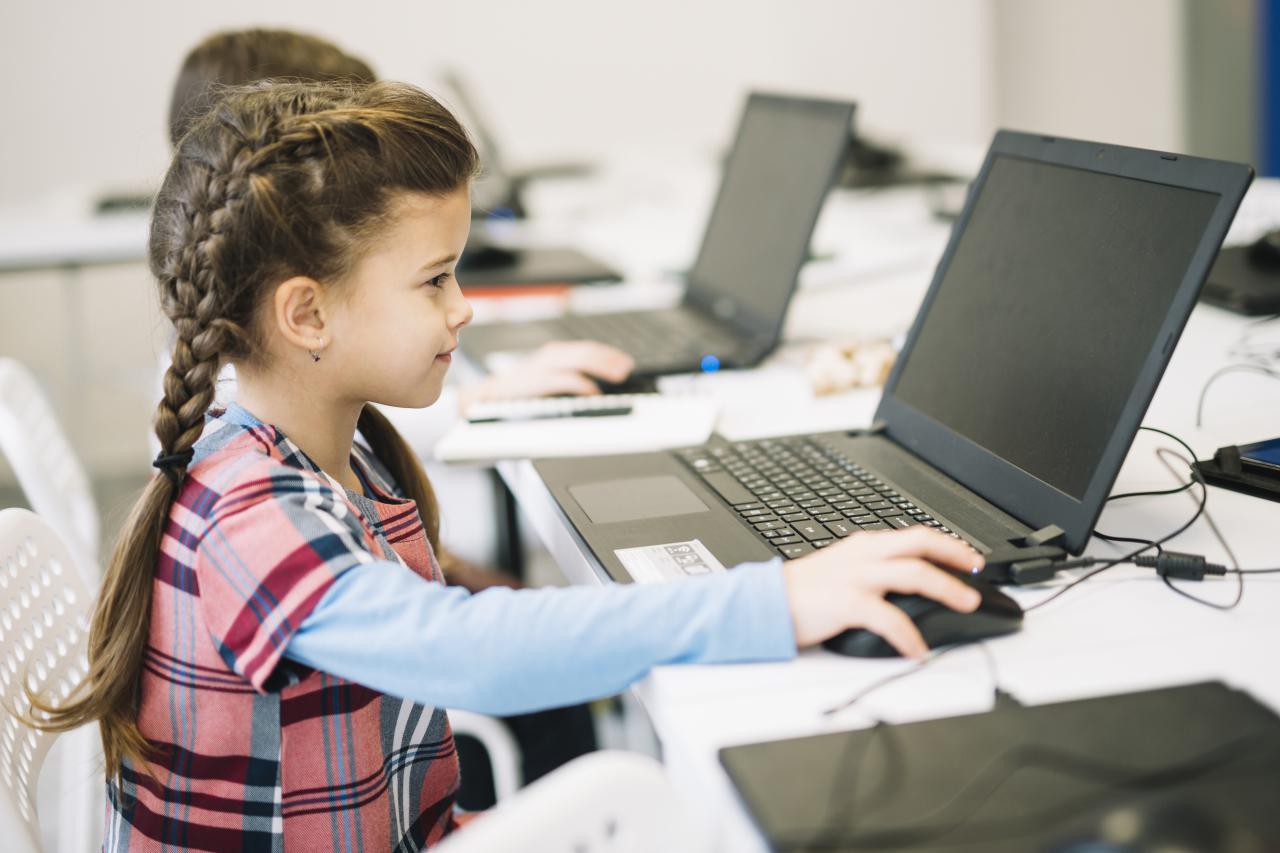 ضرورت آموزش برنامه نویسی به کودکان