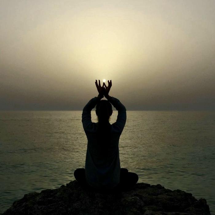 یوگا «آگاه شدن» است یا «رسیدن»؟