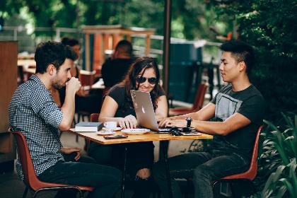 ارتباط موثر – چگونه با دیگران به خوبی ارتباط برقرار کنیم؟