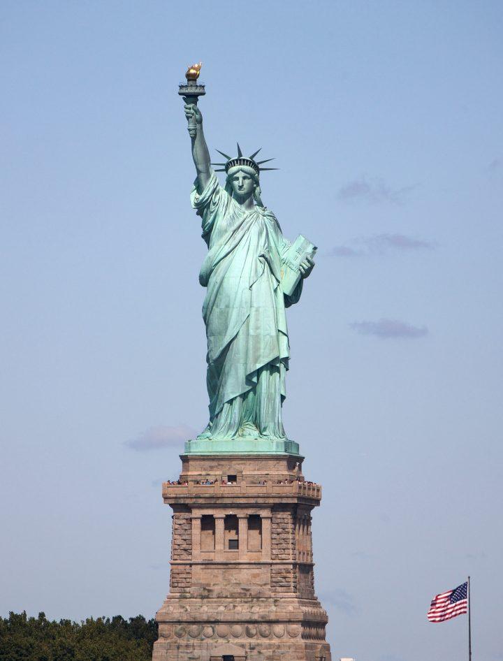 می دونستید مجسمه ی آزادی یک زنه؟!