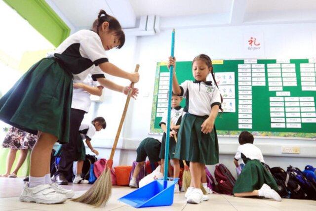 10 قانون جالب مدارس ژاپن